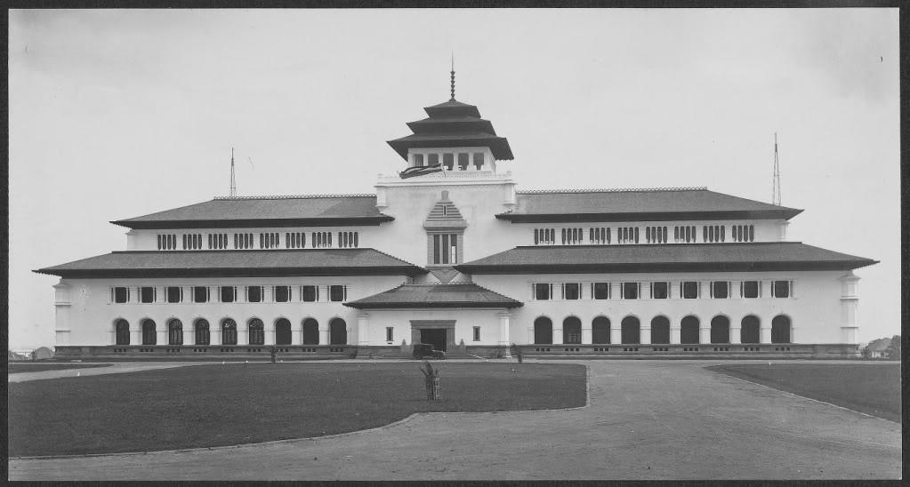 Bandung, Kota Buku Sejagad. Ciyus? Miapah?