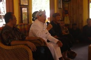 Walikota Cimahi & Pangeran Jati Kusumah hadir di pembukaan acara Julang Ngapak Kampung Adat Cirendeu