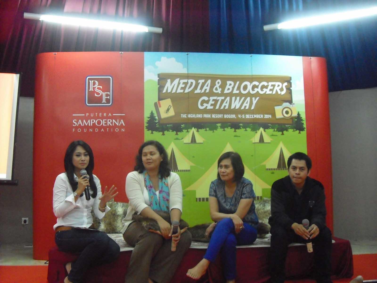 Pengenalan Metoda Pembelajaran STEM - Media & Blogger Getaway 2014