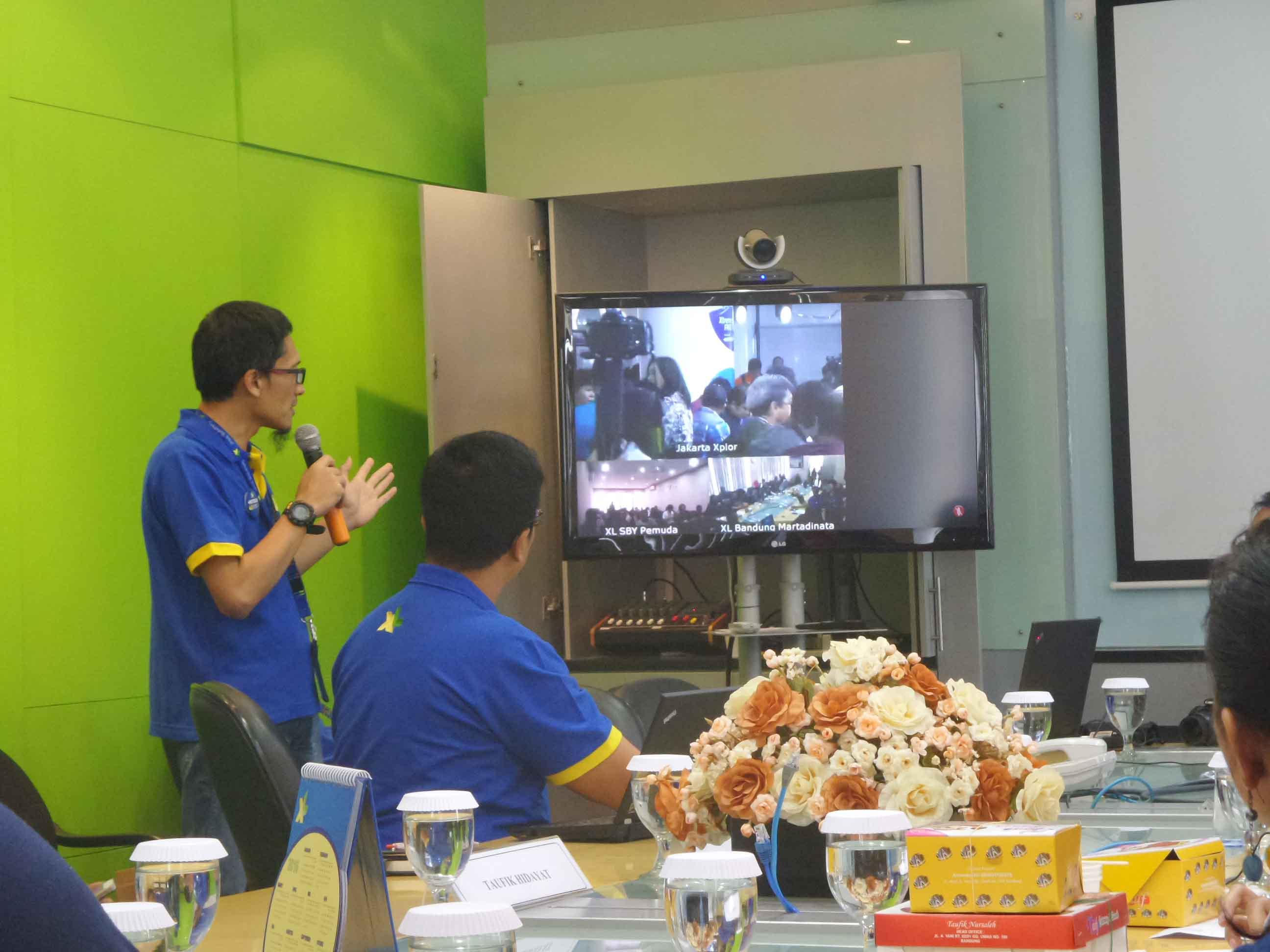Video Conference XL dari Jakarta, Bandung, dan Surabaya