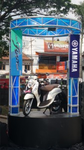 Yamaha New Fino 125 Blue Core White Cappucino