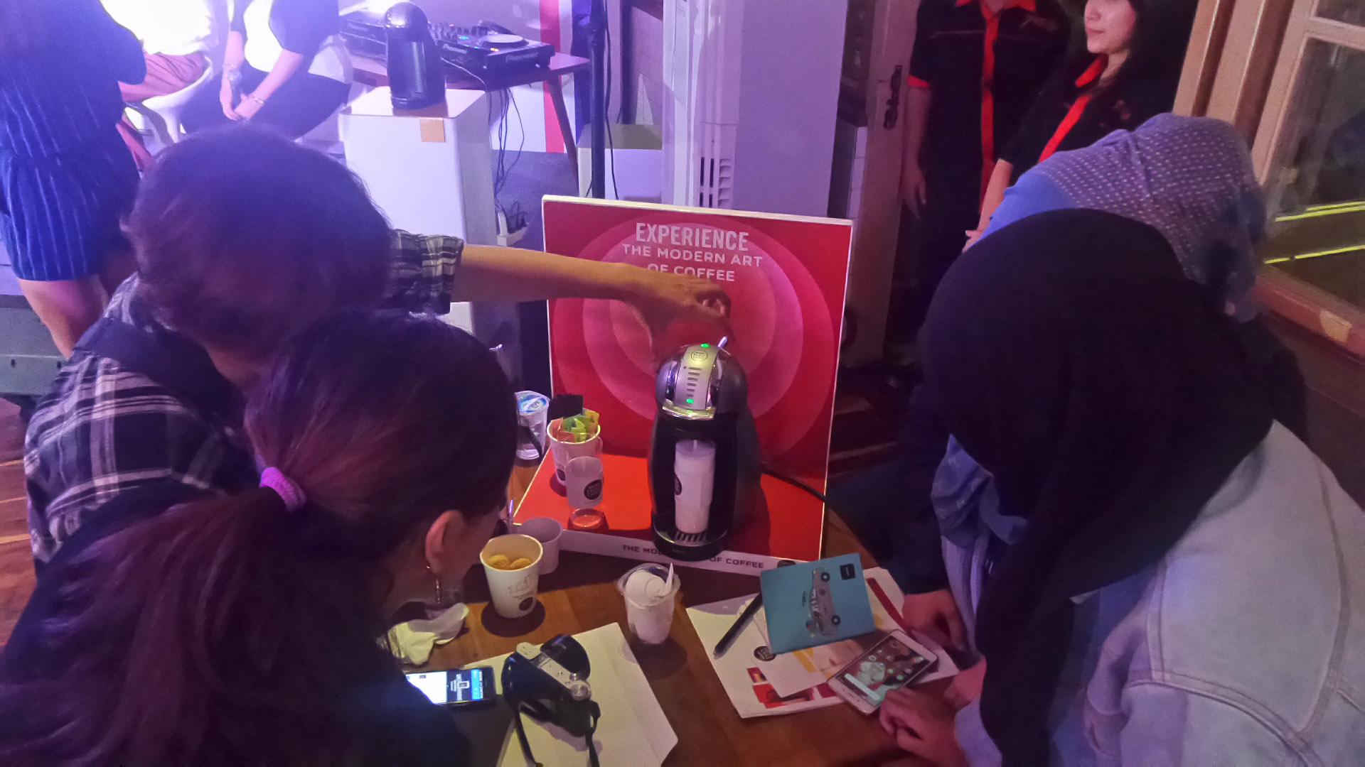 uji-coba-nescafe-dolce-gusto-oleh-blogger-bandung-penjaja-kata